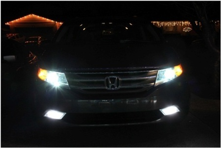Honda Odyssey with 4300k HID kit and Philips bulbs
