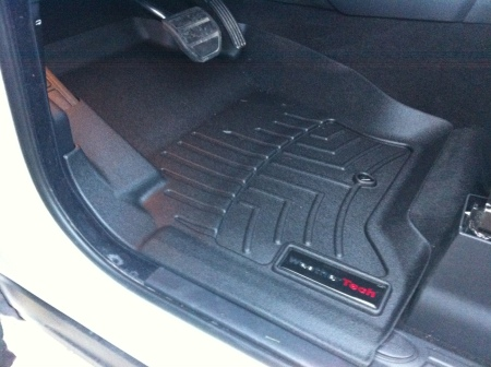 WeatherTech Front Floor Liner in Land Rover LR4